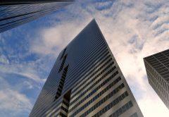 DOMBLICK-Beitrag L-QIF Limited Qualified Investor Funds VÖD Teil 1 20210104 Bildcredits skyscraper-3302027_1920 by Pixabay